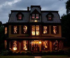 Ghosts in windows décor
