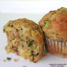 Dans la cuisine de Blanc-manger: Muffins aux zucchinis et ananas Muffins Zucchini, Biscuits, Recipies, Deserts, Food And Drink, Breakfast, Barre, Pain, Gabriel