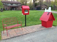 Snoopy's Little Free Library