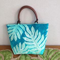 ハワイアンキルトのトートバッグ:ラウエア、ライトグリーン | バッグ・財布 > バッグ > トートバッグ | ハンドメイド・手作り作品の通販、販売 tetote(テトテ)