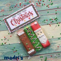 Christmas Sugar Cookies, Christmas Cupcakes, Christmas Sweets, Holiday Cookies, Christmas Candy, Christmas Baking, Disney Christmas, No Bake Sugar Cookies, Iced Cookies