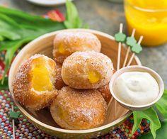 Beignets mangue, papaye etcrème coco
