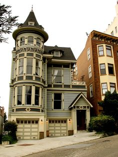 California version Victorian, Haight Ashbury.