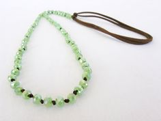 Green Necklace, Crystal Necklace, Beaded Necklace, Necklaces, Leather Cord, Brown Leather, Handmade Jewelry, Unique Jewelry, Handmade Gifts