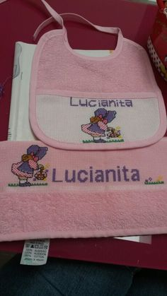 Juego baberito y toalla para baby shower