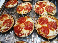 PrintStay Healthy Eggplant Pizza Ingredients1 eggplant, sliced 1/2 cup organic jarred marinara sauce 1/2 cup mozzarella cheese or reduced fat Italian cheese blend 1/2 tsp each sea salt and fresh ground black pepper 2 tsp olive oil for brushing Sliced nitrate free pepperoni (or use your favorite toppings ... we also used black olives, artichoke …