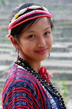 Filipinos' Phenotypical variation - Page 37 Filipino Art, Filipino Culture, We Are The World, People Around The World, Asian Woman, Asian Girl, Smile World, Filipino Fashion, Beautiful People