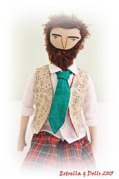 Best 12 Make grandparent dolls – Page 536913586820853305 – SkillOfKing. Scottish Man, Online Collections, Waldorf Dolls, Soft Sculpture, Fabric Dolls, Doll Patterns, Doll Toys, Art Dolls, Man Doll