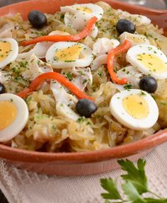 Bacalhau Recipes, Puerto Rican Recipes, Portuguese Recipes, Portuguese Food, Cod Fish, Corn Dogs, Fish And Seafood, Other Recipes, No Cook Meals