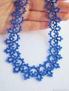 Купить Синее колье кружевное плетеное легкое фриволите в интернет магазине на Ярмарке Мастеров
