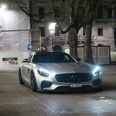 Sports cars above are deluxe automobiles that are expensive. Deluxe autos are in restricted manufacturing, so there are many people that have not seen the vehicles directly. Lamborghini, Ferrari, Luxury Boat, Luxury Cars, New Sports Cars, Sport Cars, Gt R, Mercedes Amg Gt S, Mercedez Benz
