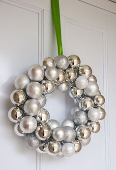 I need to try to make a wreath like this.