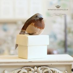 Quirky, daring and charming! Ideal for a summer, outdoors or woodland wedding, this wedding favour features a wonderful bird sitting on a stick. per item Shabby Chic Wedding Invitations, Wedding Stationery, Vintage Travel Wedding, Enchanted Garden Wedding, Bird Boxes, Wedding Favor Boxes, Woodland Wedding, Wedding Tips, Favors