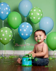 Birthday Pic Idea | Balloons & Smash Cake