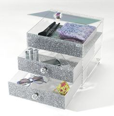 BellaBoxx accessories drawer. A little too rich for my blood but definitely cute.