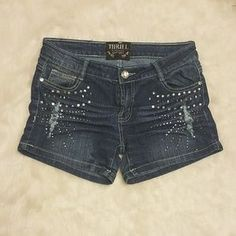 I just added this to my closet on Poshmark: Thrill Shorts. Price: $8 Size: 3J