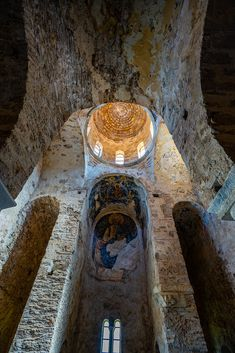 Mystras or Mistras Laconia Peloponnese Greece Byzantine Architecture, Art And Architecture, Empire Ottoman, Church Interior, Cathedral Church, Greek Art, Old Building, Ancient Ruins, Place Of Worship