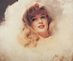 Marilyn Monroe, vintage, and blonde resmi