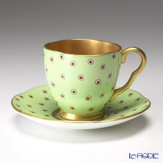 Wedgwood Hare Queen collection cup and saucer (Polka / dot)