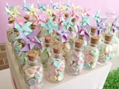 Meu Dia D Mãe - Festa Cataventos Por Las Cumadres (5) Birthday Candy, Unicorn Birthday Parties, Unicorn Party, Girl Birthday, Wedding Favors, Party Favors, Unicorn Baby Shower, Candy Party, Birthday Decorations