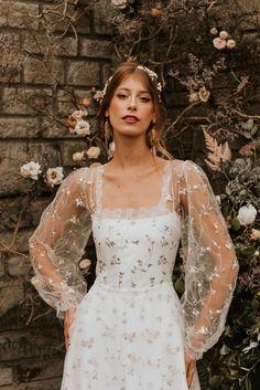Dream Wedding Dresses, Bridal Dresses, Prom Dresses, Autumn Bridesmaid Dresses, Wedding Looks, Boho Wedding, Pretty Dresses, Beautiful Dresses, Dream Dress