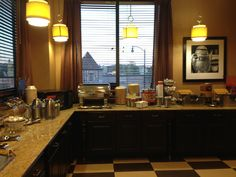 Free breakfast buffet, served every morning from 6-10am! #breakfast #food #hamptoninnuniversitycenter #hamptonality