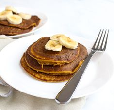 Pumpkin Blender Pancakes for One are a nutritious breakfast that is fun for the weekend & easy for a week day! Dairy free, gluten free and low FODMAP. Nutritious Breakfast, Healthy Breakfast Recipes, Healthy Desserts, Dessert Recipes, Fodmap Breakfast, Lunch Recipes, Appetizer Recipes, Dinner Recipes, Healthy Recipes
