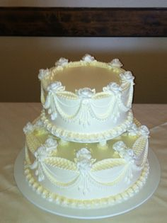 Old Fashioned Wedding Cake | Cakes ~ Highly Decorated Cake ...