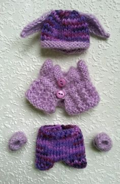 Check out this item in my Etsy shop https://www.etsy.com/listing/216274004/hand-knitted-dolls-clothes-for-35-4-ooak