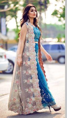 bracelet watch, logistics torrance, unitard for women. - The most creative designs Designer Party Wear Dresses, Kurti Designs Party Wear, Indian Designer Outfits, Indian Gowns Dresses, Pakistani Dresses, Party Wear Indian Dresses, Pakistani Suits, Pakistani Bridal, Indian Bridal