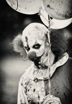This is why I hate Clowns ✿★