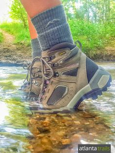 The Womens Vasque Breeze 2.0 GTX hiking boot is dependably waterproof, thanks to a GORE-TEX lining, making it a perfect boot for hiking the Southeast's river and creek valleys