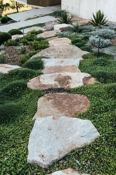 Coastal Gardens, Beach Gardens, Outdoor Gardens, Small Yard Landscaping, Modern Landscaping, Courtyard Landscaping, Pool Landscape Design, Garden Design, Side Garden