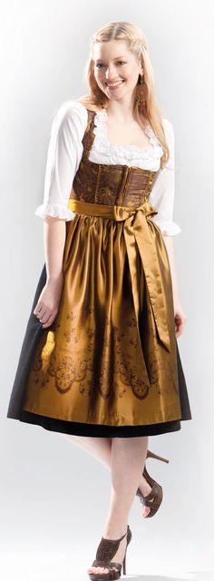 Gold makes for such a gorgeous, elegant dirndl hue. #dirndl #dress #costume
