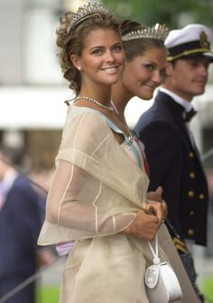 Princess Madeleine of Sweden arrives at Oslo Cathedral for the wedding ceremony; wedding of Crown Prince Haakon of Norway and ms. Mette-Marit Tjessem Høiby, August 25th 2001