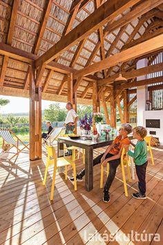 Hangulatos nyaralóház a Balaton-felvidéken - Lakáskultúra magazin Pergola, Outdoor Structures, Places, Summer, Bohemian, Home Decor, Summer Time, Decoration Home, Room Decor