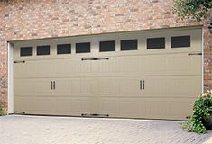 Thermacore Insulated Garage Door | V5 Design | Thermacore® Collection | Learn more at overheaddoor.com