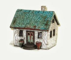 Nordic Thoughts: 'Raku' houses by Hanne Helms Clay Houses, Ceramic Houses, Miniature Houses, Ceramic Clay, Art Houses, Mini Houses, Small Houses, Pottery Houses, Raku Pottery