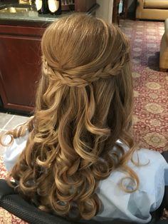 Braided half up by Kimberly Valosen