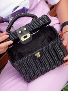 Clutch Bag, Tote Bag, Basket Bag, Longchamp, Basket Weaving, 90s Fashion, Wicker, Paper Crafts, Handbags