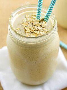 Frullato alle mandorle pere e miele: un vero concentrato di gusto ed energia per ritemprare l'organismo e regalare al corpo nuove energie!