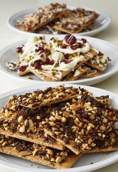 Insta-Grahams: Way More Than Just S'mores (http://blog.hgtv.com/design/2014/08/14/insta-grahams-way-more-than-just-smores/?soc=pinterest)