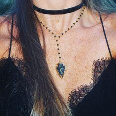 Boho beads chokers Cute Jewelry, Jewelry Accessories, Bow Bracelet, Indian Necklace, Bohemian Jewellery, Beaded Choker, Diamond Are A Girls Best Friend, Jewelery, Chokers