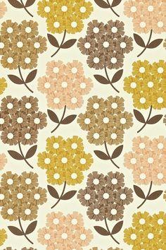 Orla Kiely Rhododendron - Wallpaper Ideas & Designs - Living Room & Bedroom (houseandgarden.co.uk)