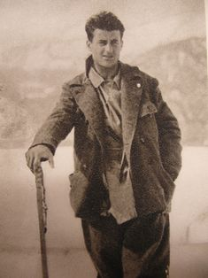 The popular Pier Giorgio was a keen mountaineer and regularly went climbing; he even had a note on his bedroom door declaring: 'Mountains, mountains, mountains, I love you!' He often drank and smoked with his numerous friends, and was active politically, rallying against the rise of fascism. Among his friends he was known as a prankster. He created a social group called 'Tipi Loschi'. This group of men and women organized hikes and mountain climbs.