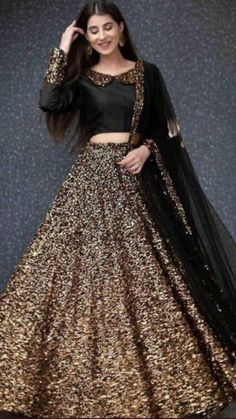 Lehenga Skirt, Silk Lehenga, Lehnga Dress, Lehenga Blouse, Silk Dupatta, Black Lehenga, Lehenga Style, Gown Dress, Sequin Dress