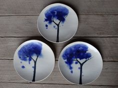 Watercolour tree side plate, Australian made, Australian ceramics, handmade, handpainted, ceramics and pottery par MountainClay sur Etsy https://www.etsy.com/fr/listing/205131610/watercolour-tree-side-plate-australian