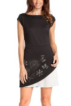 Desigual women's Sely dress. Elegant, stylish, black dress with a special butterfly detail at the hem. Slim fit.