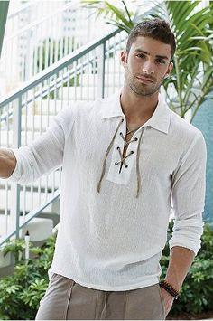 detalle de la camisa de lino