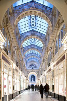 Les commerces du Passage Pommeraye de Nantes. Licence: ©JD Billaud